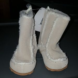 Toddler size 2 boots